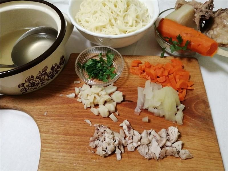 slepačia polievka recept