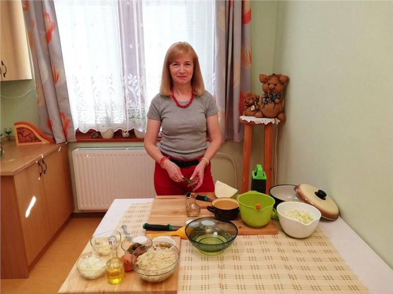 kapustovo mrkvovy pikantny salat