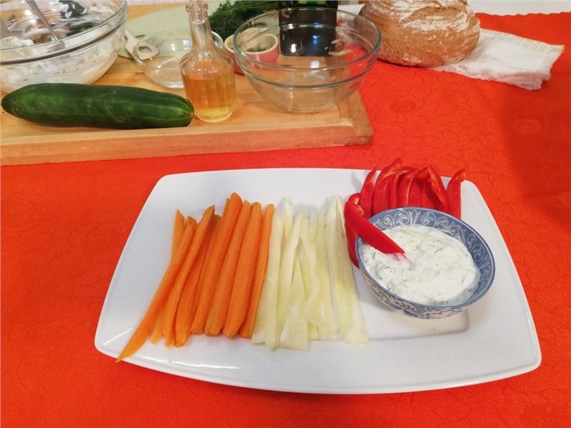 tzatziki salat recepty