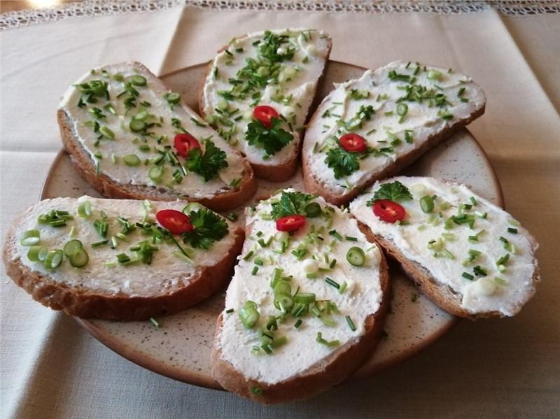 chlebíčky