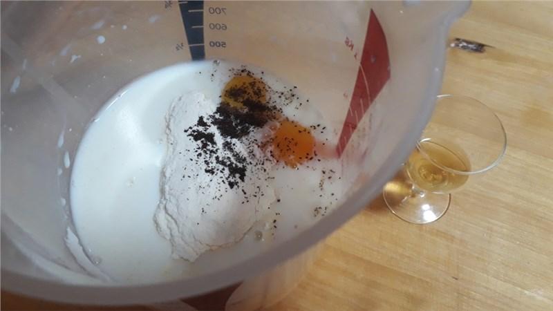 medový krémeš