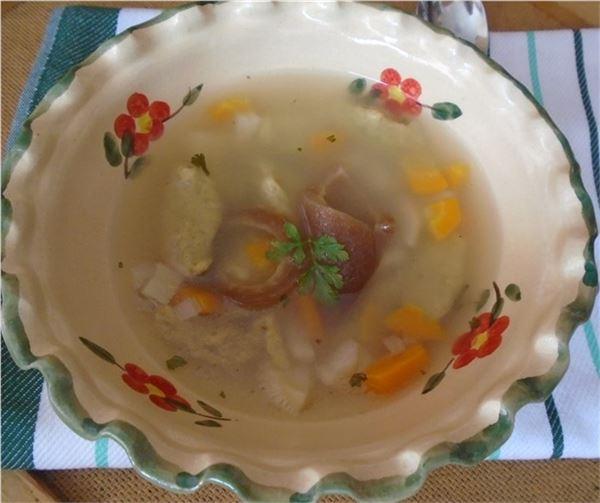 Zeleninová polievka s haluškami z banánovej múky