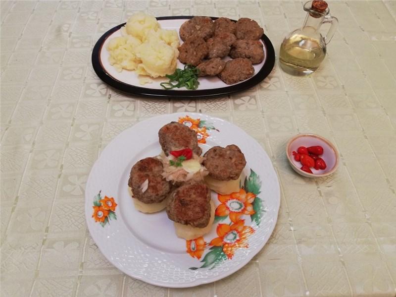 fašírky z bravčového mäsa
