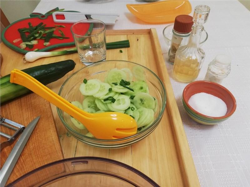uhorkovy salat recepty
